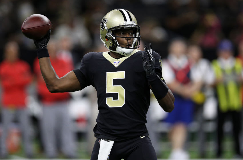 NEW ORLEANS, LOUISIANA - OCTOBER 06: Teddy Bridgewater #5 of the New Orleans Saints looks to throw a pass against the Tamba Bay Buccaneers at Mercedes Benz Superdome on October 06, 2019 in New Orleans, Louisiana. (Photo by Chris Graythen/Getty Images)
