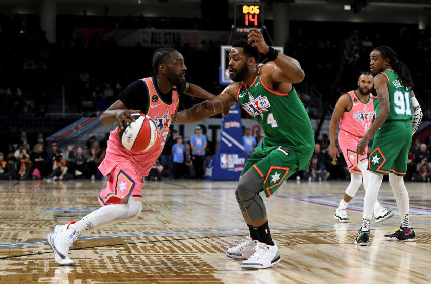 CHICAGO, ILLINOIS - FEBRUARY 14: Famous Los #32 of Team Wilbon dribbles the ball while being guarded by LaRoyce Hawkins #4 of Team Stephen A. during the 2020 NBA All-Star Celebrity Game Presented By Ruffles at Wintrust Arena on February 14, 2020 in Chicago, Illinois. NOTE TO USER: User expressly acknowledges and agrees that, by downloading and or using this photograph, User is consenting to the terms and conditions of the Getty Images License Agreement. (Photo by Stacy Revere/Getty Images)