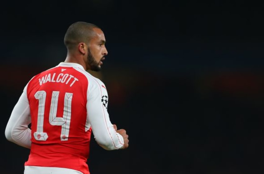 LONDON, ENGLAND - FEBRUARY 23 : Theo Walcott of Arsenal during the UEFA Champions League match between Arsenal and Barcelona at the Emirates Stadium on February 23, 2016 in London, United Kingdom. (Photo by Catherine Ivill - AMA/Getty Images)