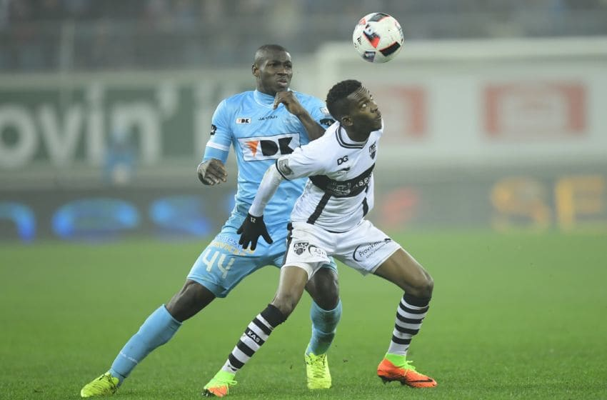 GENT, BELGIUM - FEBRUARY 11 : Henry Onyekuru Chukwuemeka forward of Eupen is challenged by Anderson Esiti midfielder of KAA Gent during the Jupiler Pro League match between KAA Gent and KAS Eupen in the Ghelamco Arena stadium on February 11, 2017 in Gent, Belgium, 11/02/2017 ( Photo by Nico Vereecken / Photonews via Getty Images)