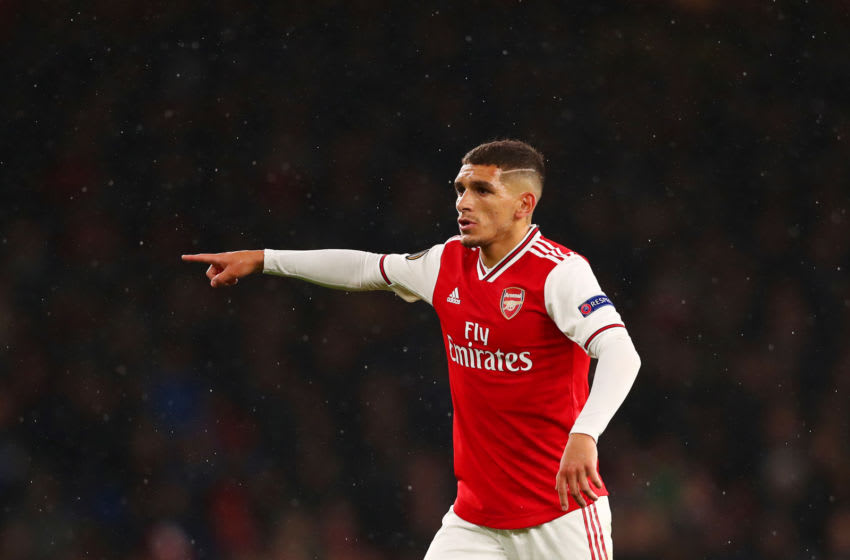 LONDON, ENGLAND - OCTOBER 03: Lucas Torreira of Arsenal signals to his team-mates during the UEFA Europa League group F match between Arsenal FC and Standard Liege at Emirates Stadium on October 03, 2019 in London, United Kingdom. (Photo by Dan Istitene/Getty Images)