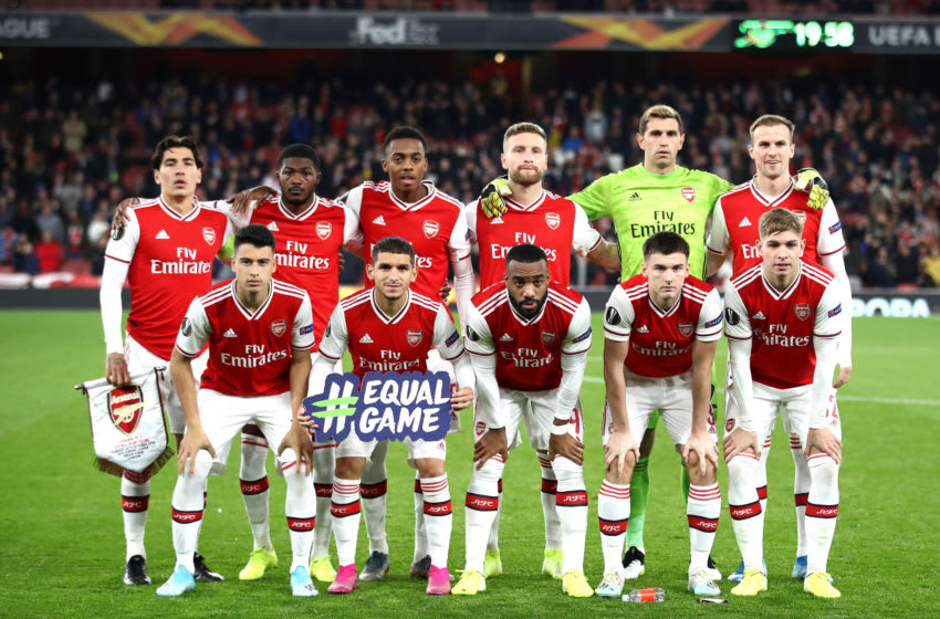 LONDON, ENGLAND - OCTOBER 24: Arsenal line up prior to the UEFA Europa League group F match between Arsenal FC and Vitoria Guimaraes at Emirates Stadium on October 24, 2019 in London, United Kingdom. (Photo by Bryn Lennon/Getty Images)