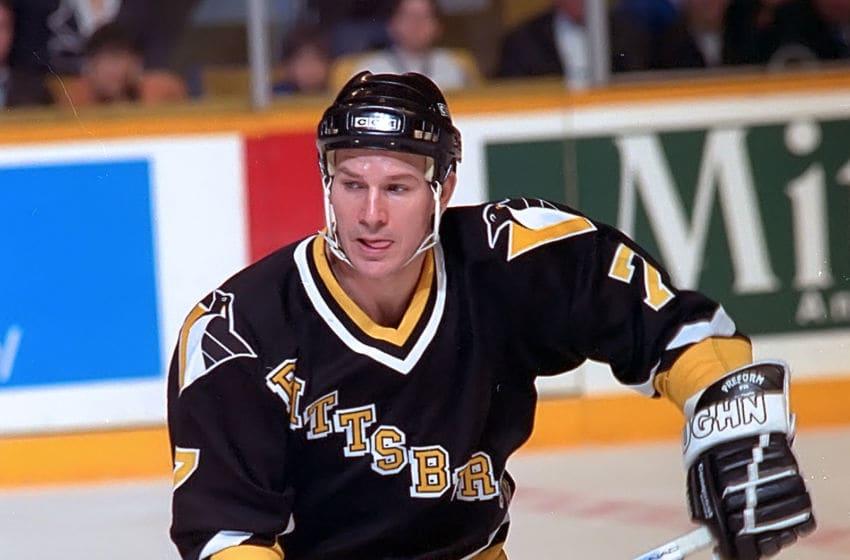 Pittsburgh Penguins, Joe Mullen. (Photo by Graig Abel/Getty Images)