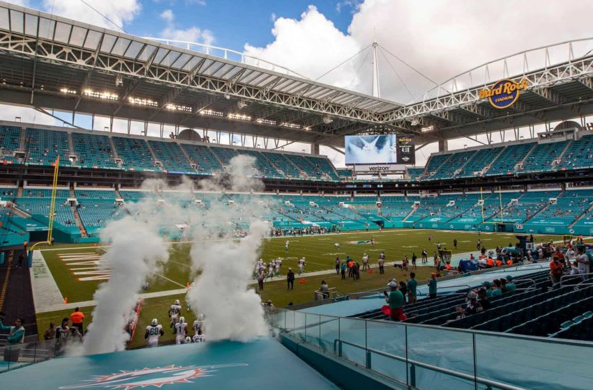 Miami Dolphins enter the field after the National Anthem at Hard Rock Stadium in Miami Gardens, October 18, 2020. [ALLEN EYESTONE/The Palm Beach Post]