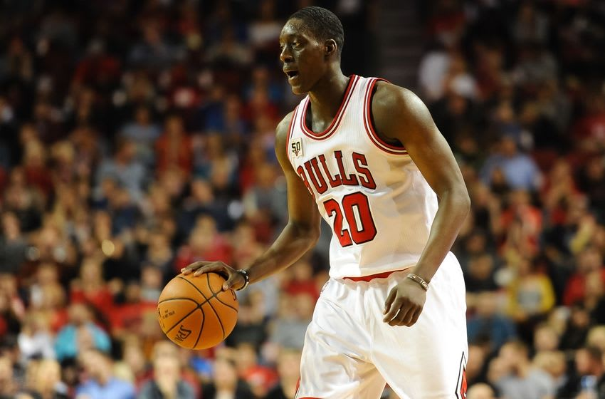 Oct 23, 2015; Lincoln, NE, USA; Chicago Bulls forward Tony Snell (20) dribbles against the Dallas Mavericks at Pinnacle Bank Arena. Chicago defeated Dallas 103-102. Mandatory Credit: Steven Branscombe-USA TODAY Sports