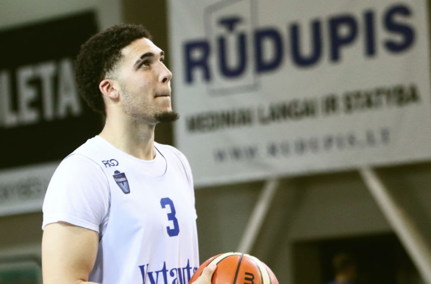 US basketball player LiAngelo Ball takes part in his first training session in Prienai, Lithuania AFP PHOTO / Petras Malukas (Photo credit should read PETRAS MALUKAS/AFP via Getty Images)