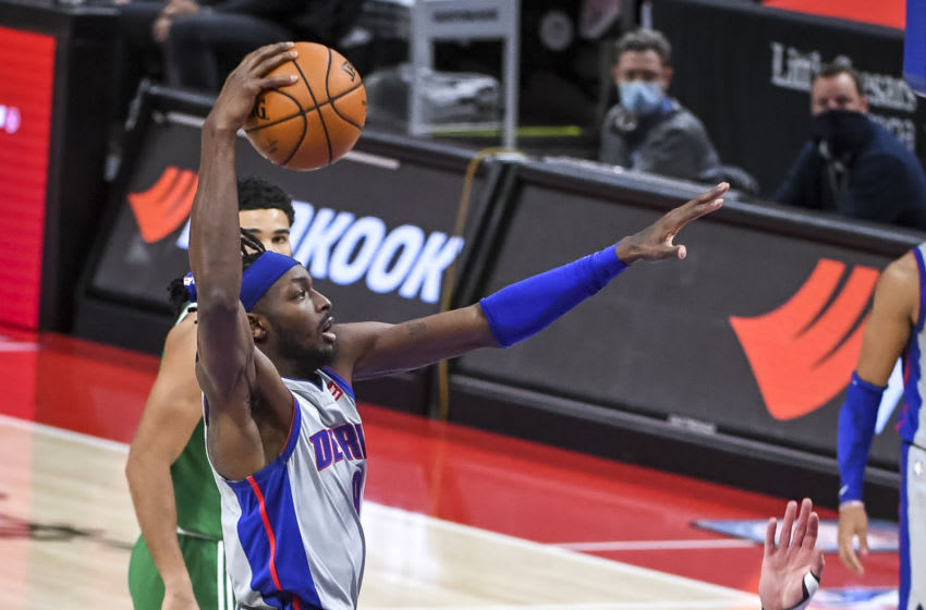 DETROIT, MICHIGAN - JANUARY 01: Jerami Grant #9 of the Detroit Pistons goes to dunk the ball (Photo by Nic Antaya/Getty Images)