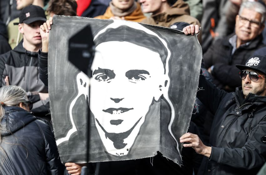 Ajax supporters hold a banner dedicated to Abdelhak Nouri. (Photo by VI Images via Getty Images)
