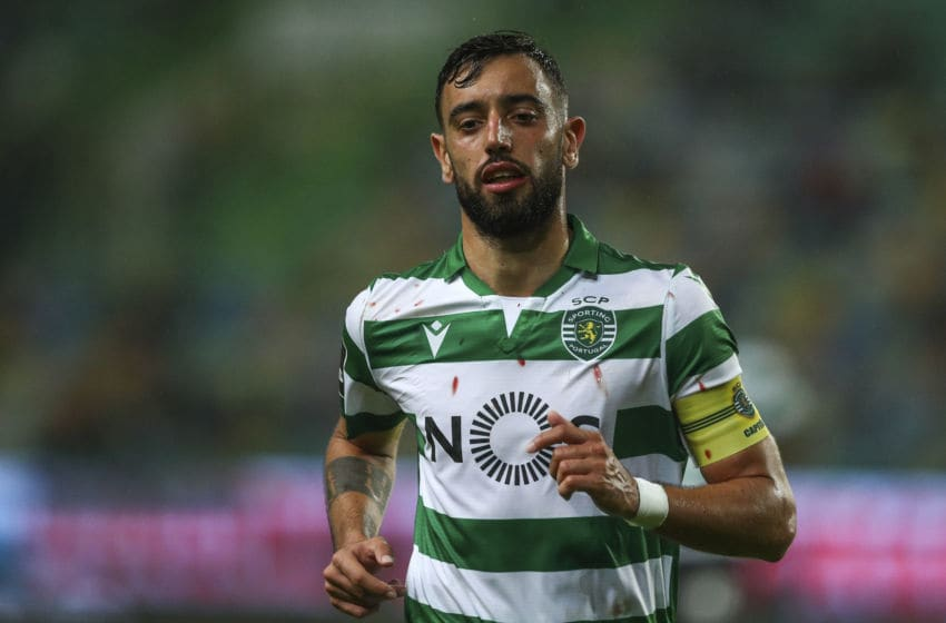 LISBON, PORTUGAL - NOVEMBER 10: Bruno Fernandes of Sporting CP during the Liga Nos round 11 match between Sporting CP and Belenenses at Estadio Jose Alvalade on November 10, 2019 in Lisbon, Portugal. (Photo by Carlos Rodrigues/Getty Images)