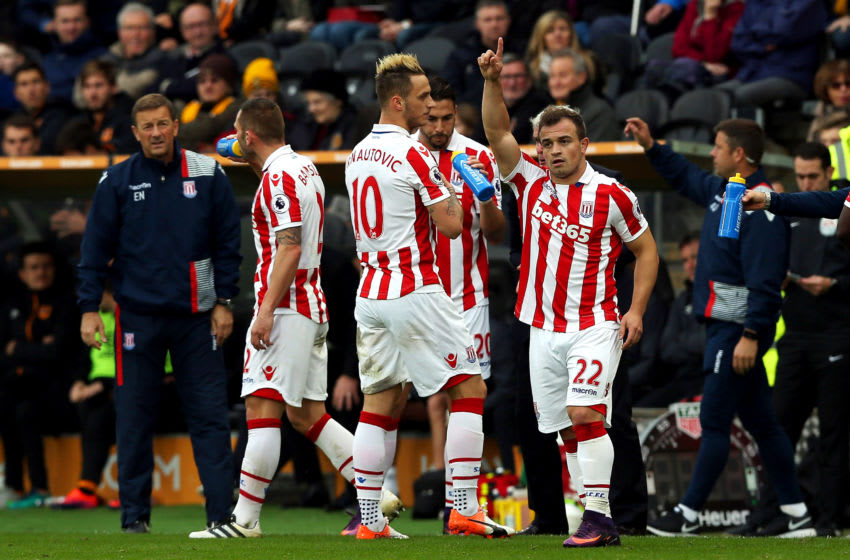 HULL, ENGLAND - OCTOBER 22: Xherdan Shaqiri (R) of Stoke City celebrates scoring his team's first goal with his team mates during the Premier League match between Hull City and Stoke City at the KCom Stadium on October 22, 2016 in Hull, England. (Photo by Nigel Roddis/Getty Images)