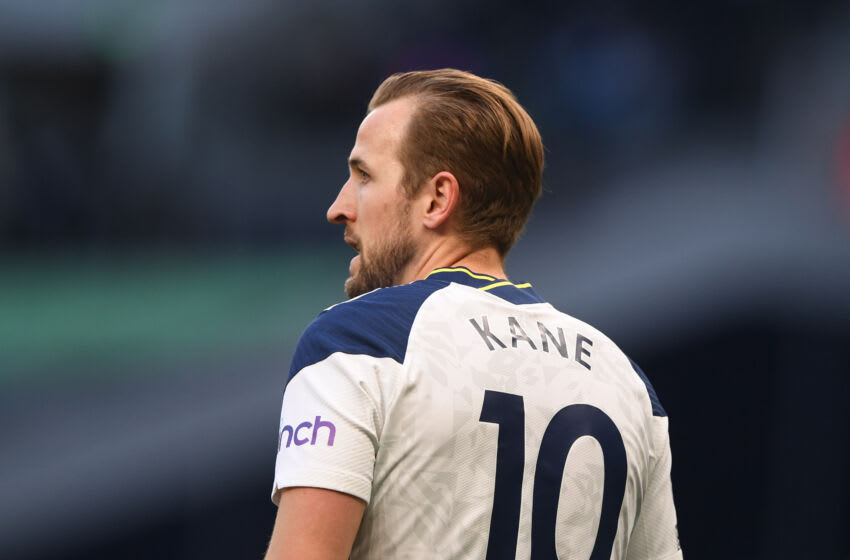LONDON, ENGLAND - MAY 19: Harry Kane of Tottenham Hotspur looks on during the Premier League match between Tottenham Hotspur and Aston Villa at Tottenham Hotspur Stadium on May 19, 2021 in London, England. A limited number of fans will be allowed into Premier League stadiums as Coronavirus restrictions begin to ease in the UK. (Photo by Daniel Leal-Olivas - Pool/Getty Images)