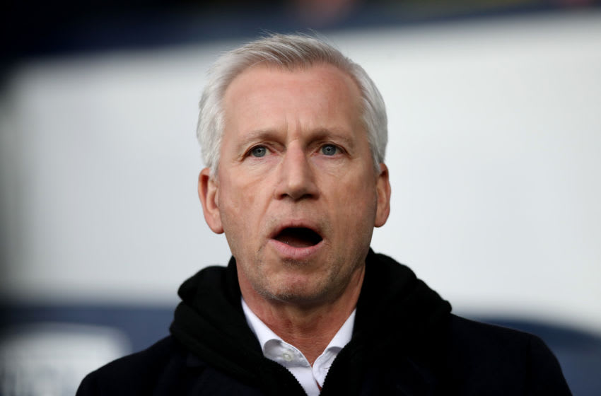 WEST BROMWICH, ENGLAND - FEBRUARY 03: Alan Pardew, Manager of West Bromwich Albion looks on prior to the Premier League match between West Bromwich Albion and Southampton at The Hawthorns on February 3, 2018 in West Bromwich, England. (Photo by Lynne Cameron/Getty Images)