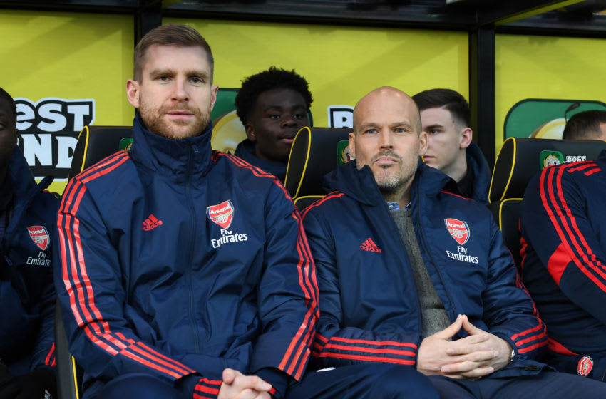 NORWICH, ENGLAND - DECEMBER 01: Freddie Ljungberg the Arsenal Interim Head Coach and Per Mertesacker the Arsenal Interim Coach before the Premier League match between Norwich City and Arsenal FC at Carrow Road on December 01, 2019 in Norwich, United Kingdom. (Photo by David Price/Arsenal FC via Getty Images)