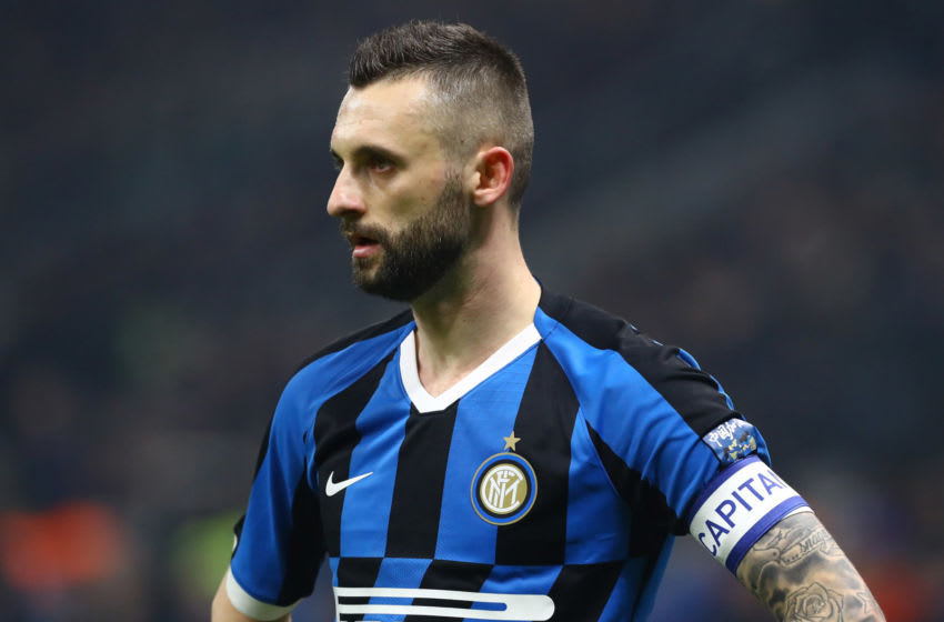MILAN, ITALY - FEBRUARY 09: Marcelo Brozovic of FC Internazionale looks on during the Serie A match between FC Internazionale and AC Milan at Stadio Giuseppe Meazza on February 9, 2020 in Milan, Italy. (Photo by Marco Luzzani - Inter/Inter via Getty Images)