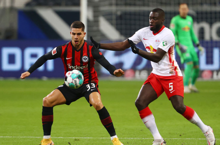 Frankfurt's Portuguese forward Andre Silva (L) and Leipzig's French defender Dayot Upamecano