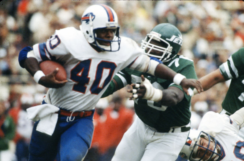 NEW YORK - NOVEMBER 11: Terry Millers #40 of the Buffalo Bills returns a kickoff against the New York Jets during an NFL football game November 11, 1979 at Shea Stadium in the Queens borough of New York City. Miller played for the Bills from 1978-80. (Photo by Focus on Sport/Getty Images)