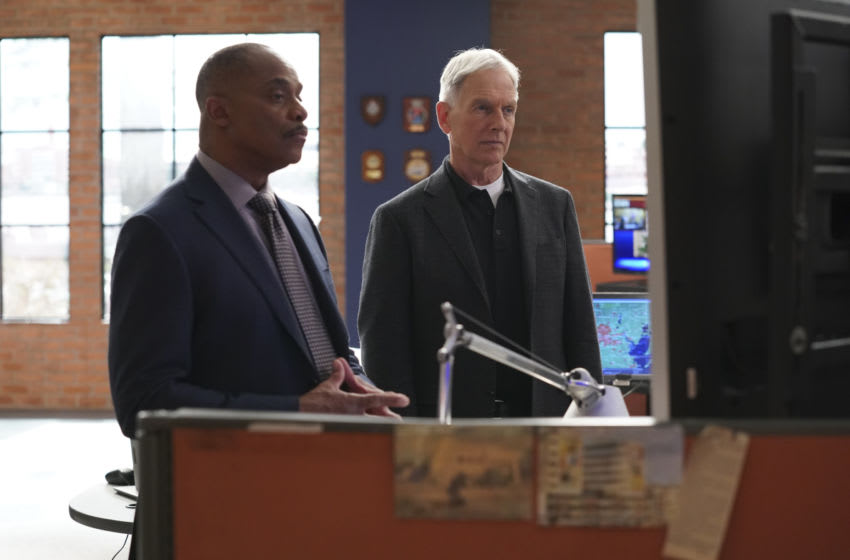 """""""Everything Starts Somewhere"""" – Flashbacks reveal the murder case that first introduced young Gibbs (Sean Harmon) to NCIS and his introduction to young, new-to-America Ducky (Adam Campbell), on the 400th episode of NCIS, Tuesday, Nov. 24 (8:00-9:00 PM, ET/PT) on the CBS Television Network. Pictured: Rocky Carroll as NCIS Director Leon Vance, Mark Harmon as NCIS Special Agent Leroy Jethro Gibbs. Photo: Sonja Flemming/CBS ©2020 CBS Broadcasting, Inc. All Rights Reserved."""