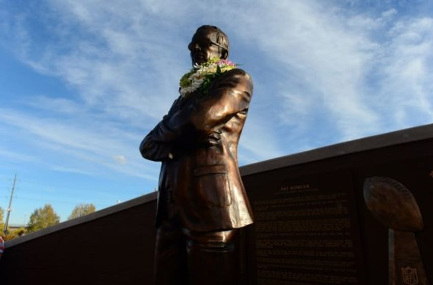 Nov 1, 2015; Denver, CO, USA; General view of the statue Denver Broncos owner Pat Bowlen before the game against the Green Bay Packers at Sports Authority Field at Mile High. Mandatory Credit: Ron Chenoy-USA TODAY Sports