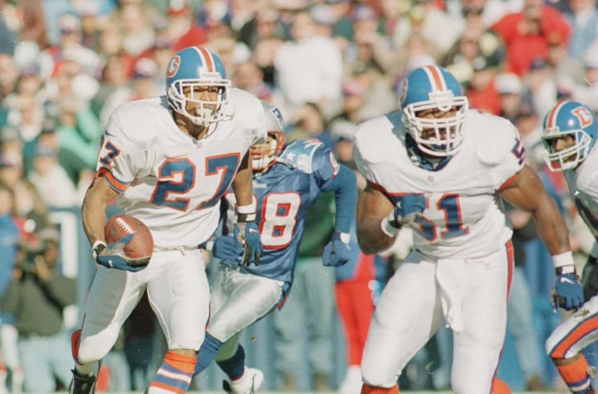 17 Nov 1996: Defensive back Steve Atwater #27 of the Denver Broncos returns an interception during the Broncos 34-8 win over the New England Patriots at Foxboro Stadium in Foxboro, Massachusetts. Mandatory Credit: Al Bello/Allsport