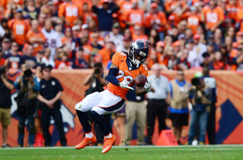 DENVER, CO - OCTOBER 30: Cornerback Bradley Roby #29 of the Denver Broncos catches an interception and runs for a touchdown in the second quarter of the game against the San Diego Chargers at Sports Authority Field at Mile High on October 30, 2016 in Denver, Colorado. (Photo by Dustin Bradford/Getty Images)
