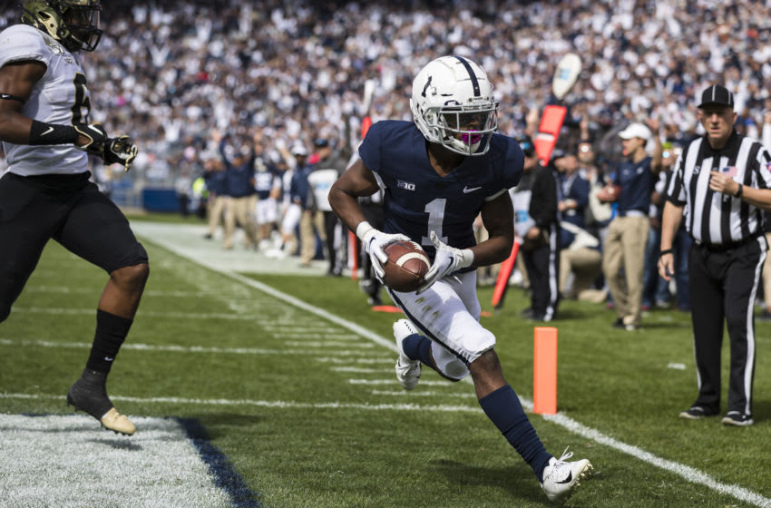 STATE COLLEGE, PA - OCTOBER 05: KJ Hamler #1 of the Penn State Nittany Lions catches a pass for a touchdown against the Purdue Boilermakers during the first half at Beaver Stadium on October 5, 2019 in State College, Pennsylvania. (Photo by Scott Taetsch/Getty Images)