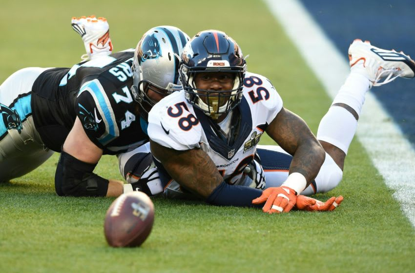 Denver Bronco Von Miller watches a lose ball in the end zone during Super Bowl 50 against the Carolina Panthers at Levi's Stadium in Santa Clara, California, on February 7, 2016. / AFP / TIMOTHY A. CLARY (Photo credit should read TIMOTHY A. CLARY/AFP via Getty Images)