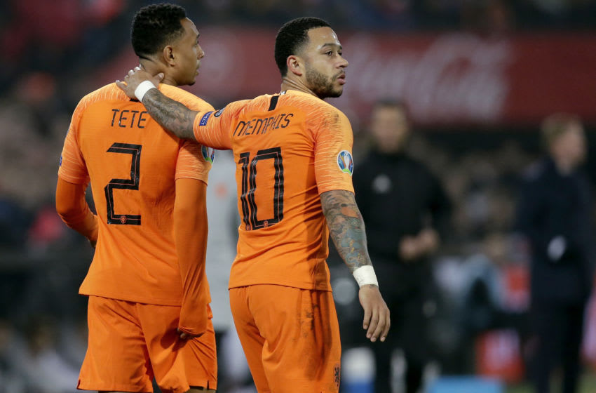 ROTTERDAM, NETHERLANDS - MARCH 21: (L-R) Kenny Tete of Holland, Memphis Depay of Holland during the EURO Qualifier match between Holland v Belarus at the Feyenoord Stadium on March 21, 2019 in Rotterdam Netherlands (Photo by Peter Lous/Soccrates/Getty Images)