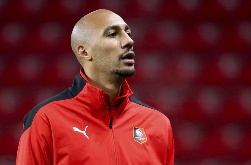 RENNES, FRANCE - DECEMBER 8: Steven Nzonzi of Stade Rennais warms up before the UEFA Champions League Group E stage match between Stade Rennais and FC Sevilla (FC Seville) at Roazhon Park on December 8, 2020 in Rennes, France. (Photo by John Berry/Getty Images)