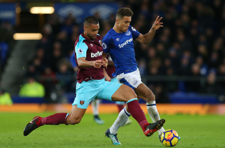 LIVERPOOL, ENGLAND - NOVEMBER 29: Dominic Calvert-Lewin of Everton is challenged by Winston Reid of West Ham United during the Premier League match between Everton and West Ham United at Goodison Park on November 29, 2017 in Liverpool, England. (Photo by Jan Kruger/Getty Images)