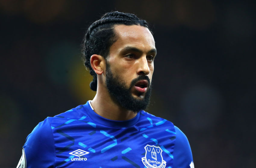 WATFORD, ENGLAND - FEBRUARY 01: Theo Walcott of Everton during the Premier League match between Watford FC and Everton FC at Vicarage Road on February 01, 2020 in Watford, United Kingdom. (Photo by Chloe Knott - Danehouse/Getty Images)