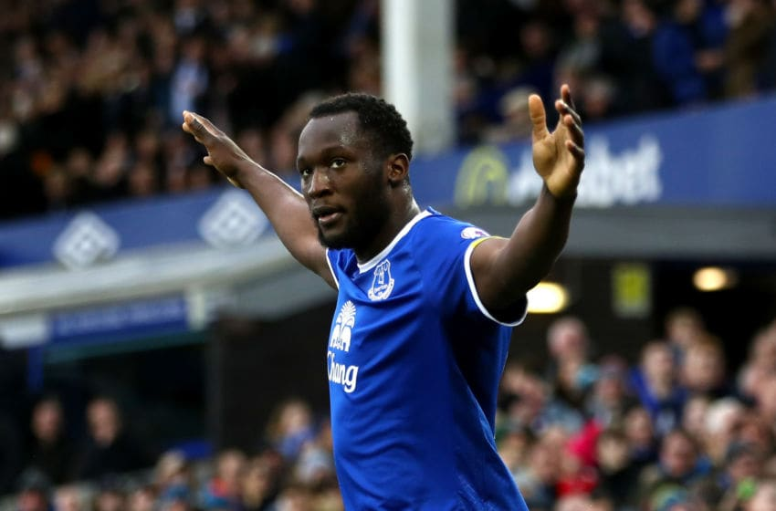 LIVERPOOL, ENGLAND - FEBRUARY 25: Romelu Lukaku of Everton celebrates scoring his sides second goal during the Premier League match between Everton and Sunderland at Goodison Park on February 25, 2017 in Liverpool, England. (Photo by Clive Brunskill/Getty Images)