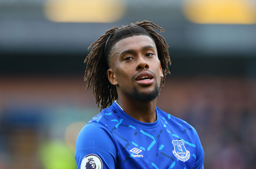 BURNLEY, ENGLAND - OCTOBER 05: Alex Iwobi of Everton FC looks on during the Premier League match between Burnley FC and Everton FC at Turf Moor on October 05, 2019 in Burnley, United Kingdom. (Photo by Alex Livesey/Getty Images)