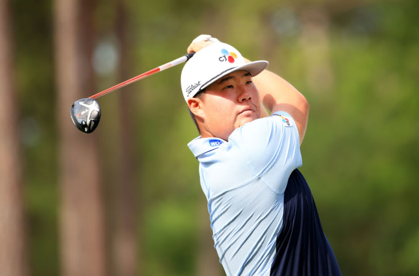 RIDGELAND, SOUTH CAROLINA - JUNE 10: Sungjae Im of Korea plays his shot from the 18th tee during the first round of the Palmetto Championship at Congaree on June 10, 2021 in Ridgeland, South Carolina. (Photo by Mike Ehrmann/Getty Images)