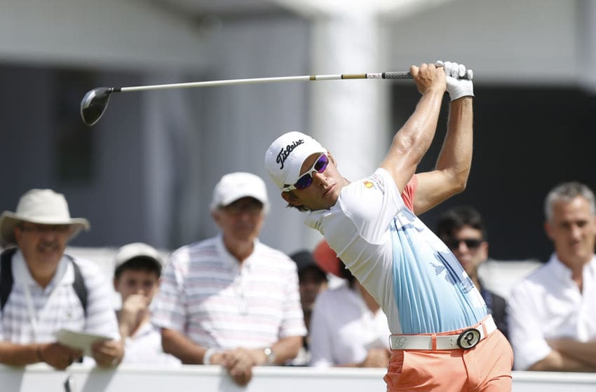 BUENOS AIRES, ARGENTINA - OCTOBER 23: Willy Pumarol of Dominican Republic tees off on the first hole during the first round of America's Golf Cup as part of PGA Latinoamerica tour at Olivos Golf Club on October 23, 2014 in Buenos Aires, Argentina. (Photo by Gabriel Rossi/LatinContent via Getty Images)