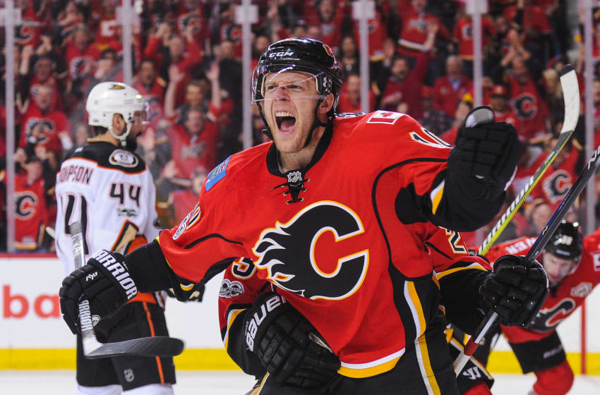 Kris Versteeg, Calgary Flames (Photo by Derek Leung/Getty Images)