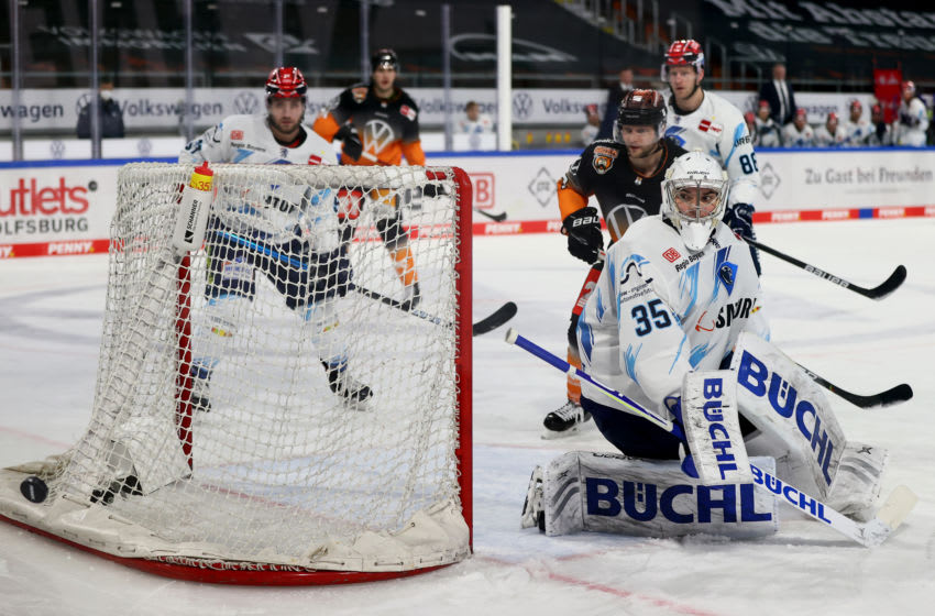 Nicolas Daws #35, goaltender of ERC Ingolstadt. (Photo by Martin Rose/Getty Images)
