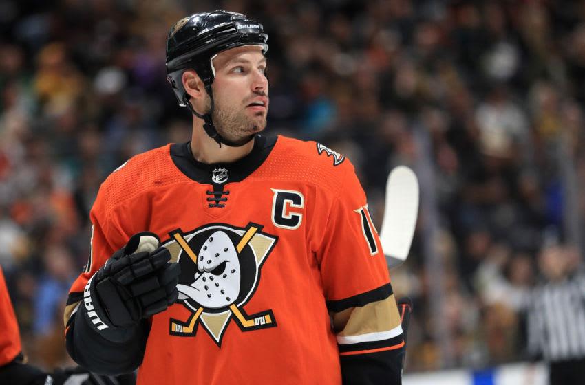 Ryan Getzlaf #15 of the Anaheim Ducks Haffey/Getty Images)