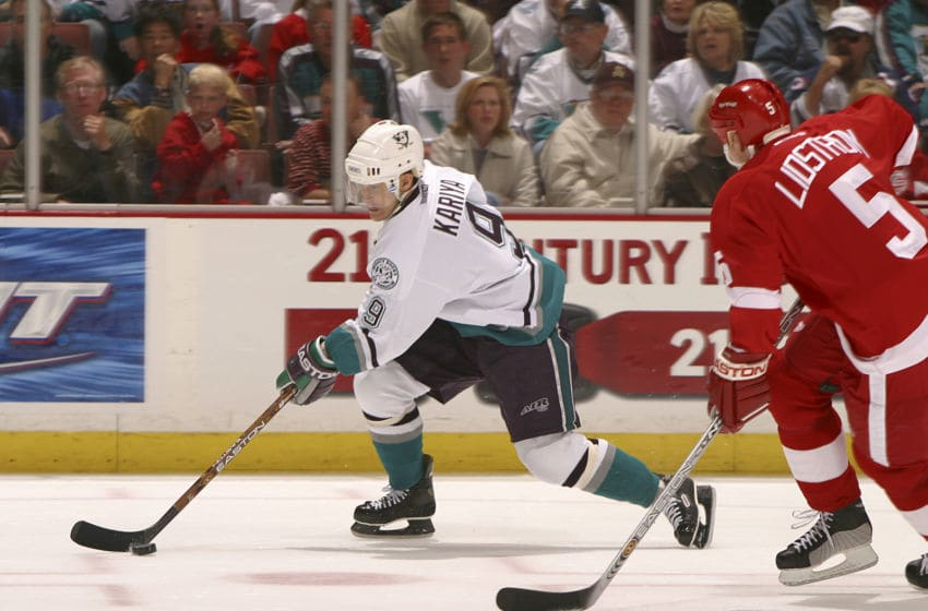 2003 Season: Mighty Ducks of Anaheim sweep Detroit Redwings out of the Stanley Cup playoffs on 4/16/03, and Player Paul Kariya. (Photo by Henry DiRocco/Getty Images)
