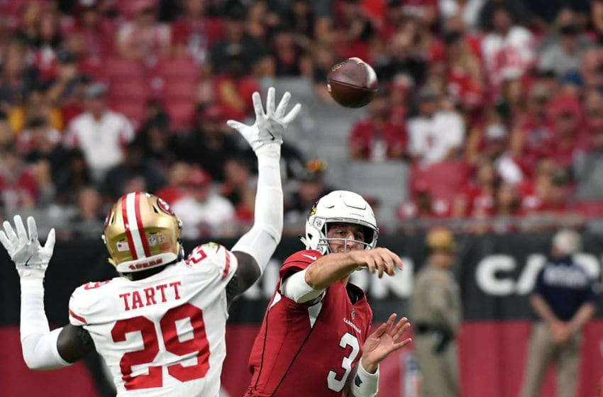 GLENDALE, AZ - OCTOBER 28: Quarterback Josh Rosen #3 of the Arizona Cardinals throws over strong safety Jaquiski Tartt #29 of the San Francisco 49ers during the second quarter at State Farm Stadium on October 28, 2018 in Glendale, Arizona. (Photo by Norm Hall/Getty Images)