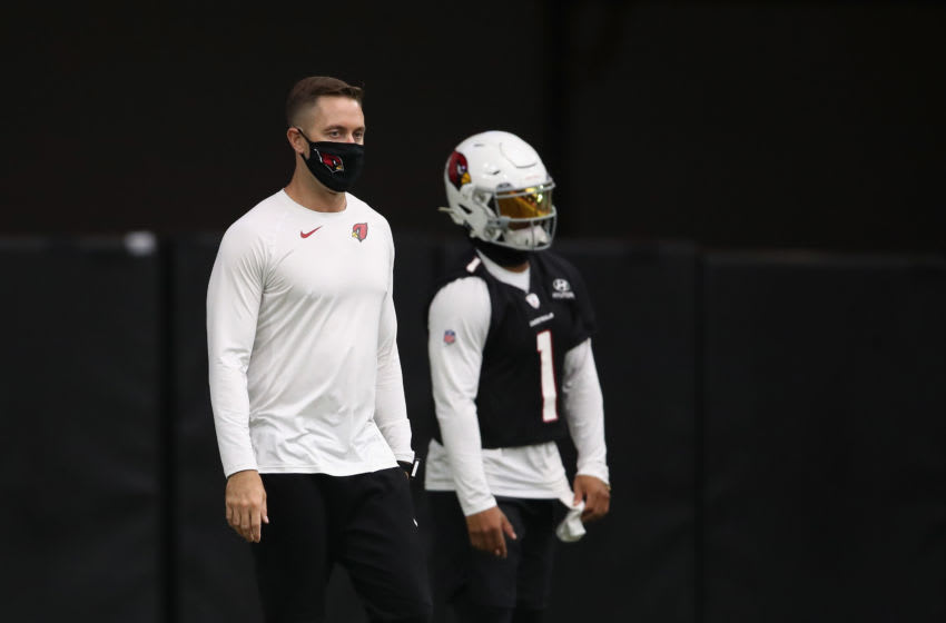 GLENDALE, ARIZONA - AUGUST 20: Head coach Kliff Kingsbury of the Arizona Cardinals during a NFL team training camp at University of State Farm Stadium on August 20, 2020 in Glendale, Arizona. (Photo by Christian Petersen/Getty Images)