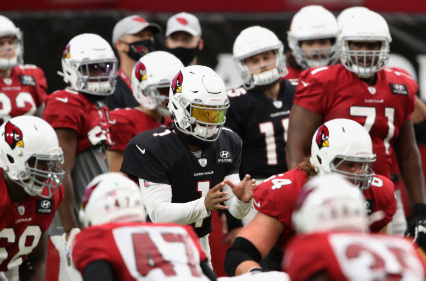 GLENDALE, ARIZONA - AUGUST 28: Quarterback Kyler Murray #1 of the Arizona Cardinals prepares to take a snap during the Red & White Practice at State Farm Stadium on August 28, 2020 in Glendale, Arizona. (Photo by Christian Petersen/Getty Images)