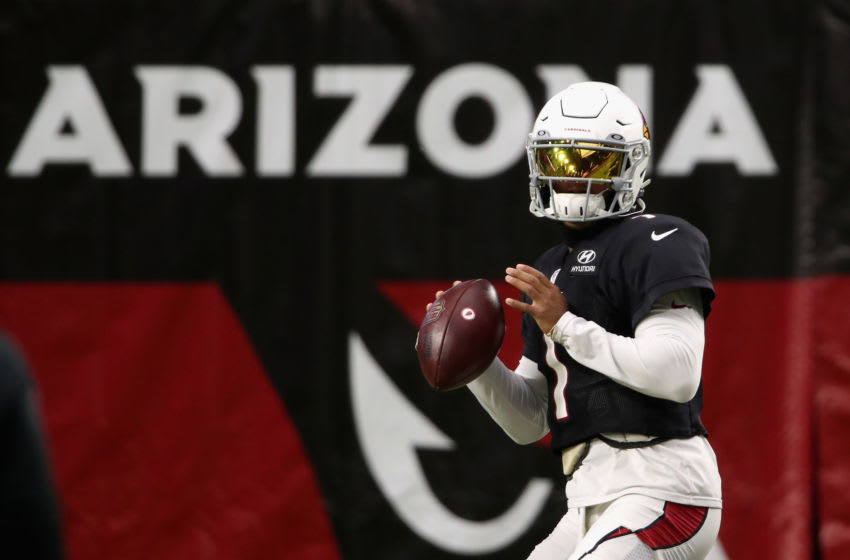 GLENDALE, ARIZONA - AUGUST 28: Quarterback Kyler Murray #1 of the Arizona Cardinals throws a pass during the Red & White Practice at State Farm Stadium on August 28, 2020 in Glendale, Arizona. (Photo by Christian Petersen/Getty Images)