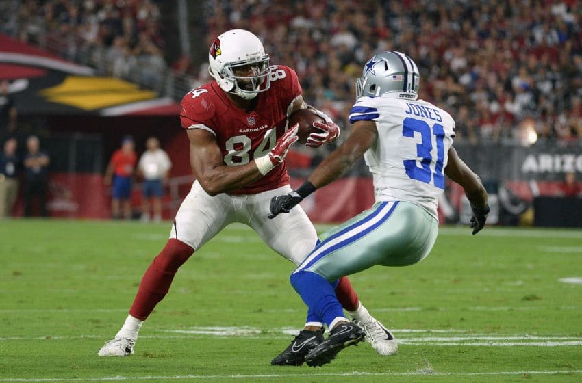 GLENDALE, AZ - SEPTEMBER 25: Tight end Jermaine Gresham #84 of the Arizona Cardinals runs past free safety Byron Jones #31 of the Dallas Cowboys during the first half of the NFL game at the University of Phoenix Stadium on September 25, 2017 in Glendale, Arizona. (Photo by Jennifer Stewart/Getty Images)