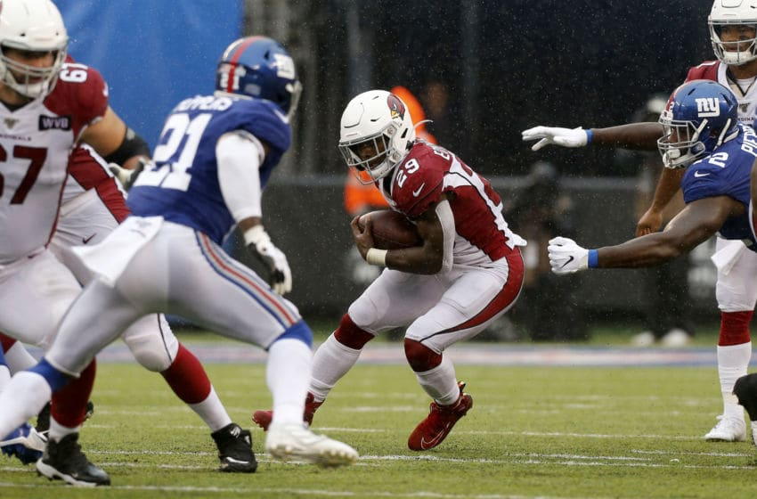 EAST RUTHERFORD, NEW JERSEY - OCTOBER 20: (NEW YORK DAILIES OUT) Chase Edmonds #29 of the Arizona Cardinals in action against the New York Giants at MetLife Stadium on October 20, 2019 in East Rutherford, New Jersey. The Cardinals defeated the Giants 27-21. (Photo by Jim McIsaac/Getty Images)