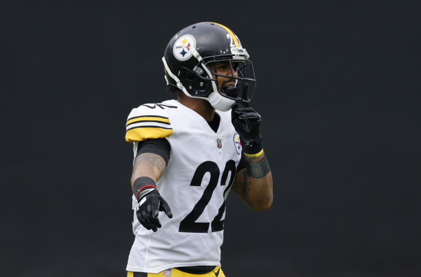 JACKSONVILLE, FLORIDA - NOVEMBER 22: Steven Nelson #22 of the Pittsburgh Steelers reacts against the Jacksonville Jaguars at TIAA Bank Field on November 22, 2020 in Jacksonville, Florida. (Photo by Michael Reaves/Getty Images)