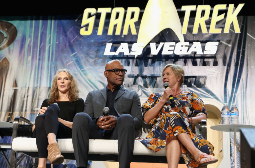 LAS VEGAS, NV - AUGUST 03: (L-R) Actress and choreographer Gates McFadden, actor Michael Dorn and actress Denise Crosby speak at the