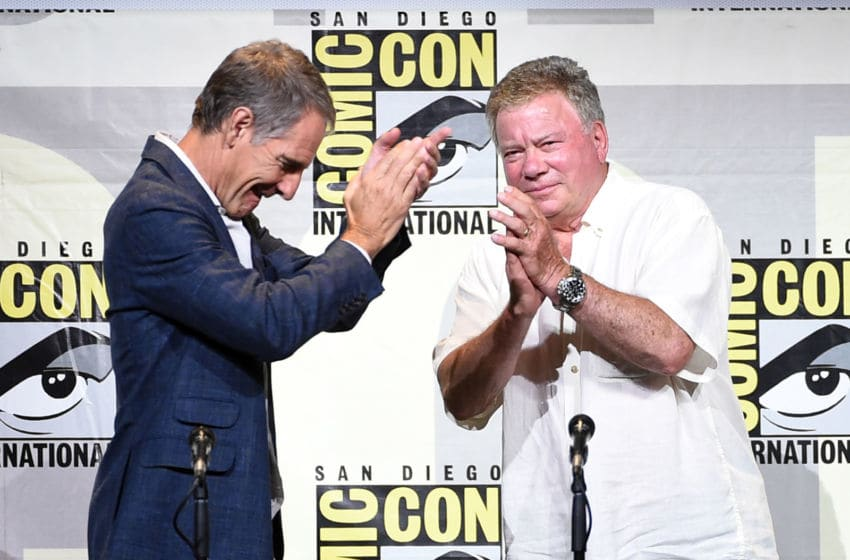 SAN DIEGO, CA - JULY 23: Actors Scott Bakula (L) and William Shatner attend the