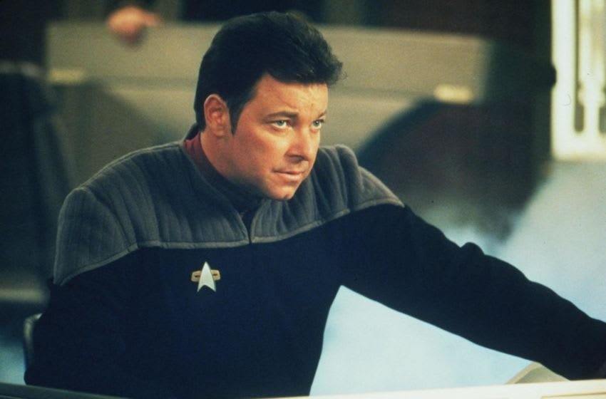 1998 Jonathan Frakes stars in the new movie