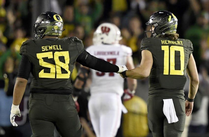 USC football trails Oregon in OL recruiting. (Kevork Djansezian/Getty Images)
