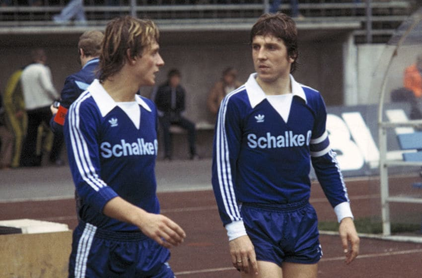 (GERMANY OUT) football, DFB Cup, 1978/1979, Second Round, Parkstadion, FC Schalke 04 versus VfB Stuttgart 3:2, running-in to the second half, Ruediger Abramczik (S04) left and Klaus Fischer (S04) (Photo by Werner OTTO/ullstein bild via Getty Images)